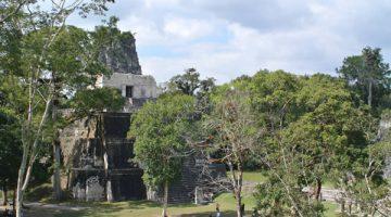 Tikal en Bus para Chapines